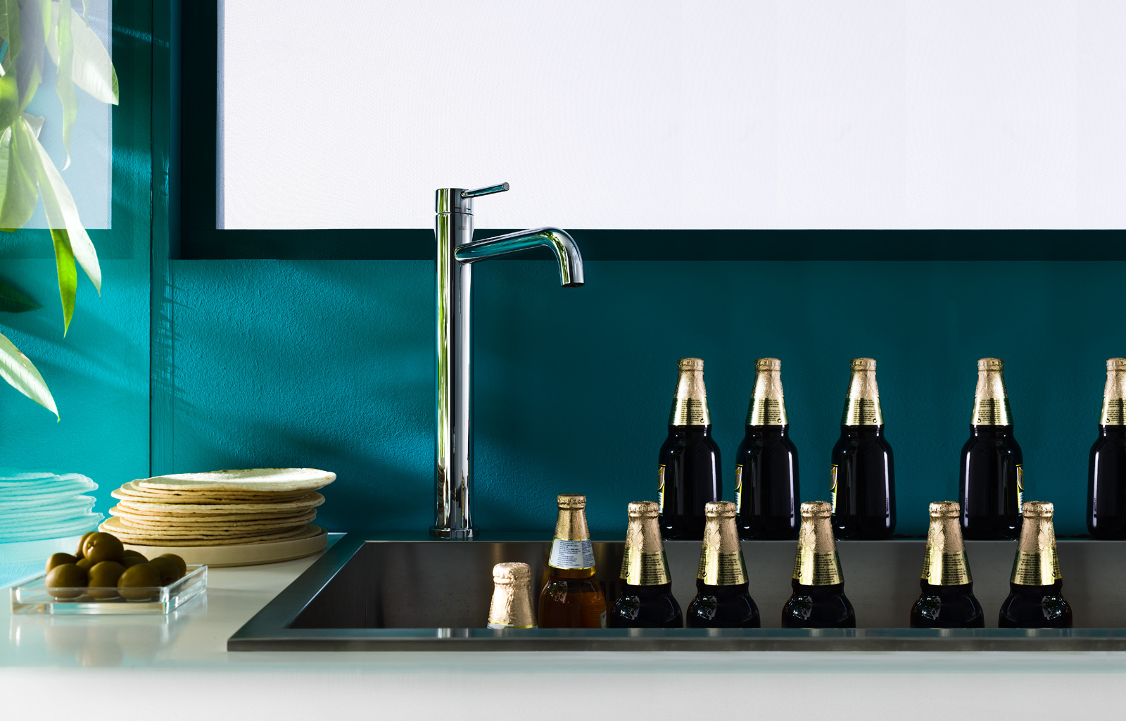 Mixers bathroom design malta for Live kitchen design