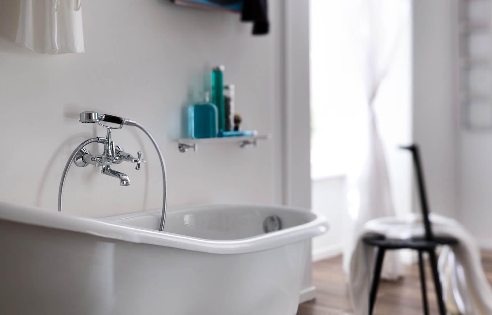 Carlos primero bathroom design malta for Bathroom design malta